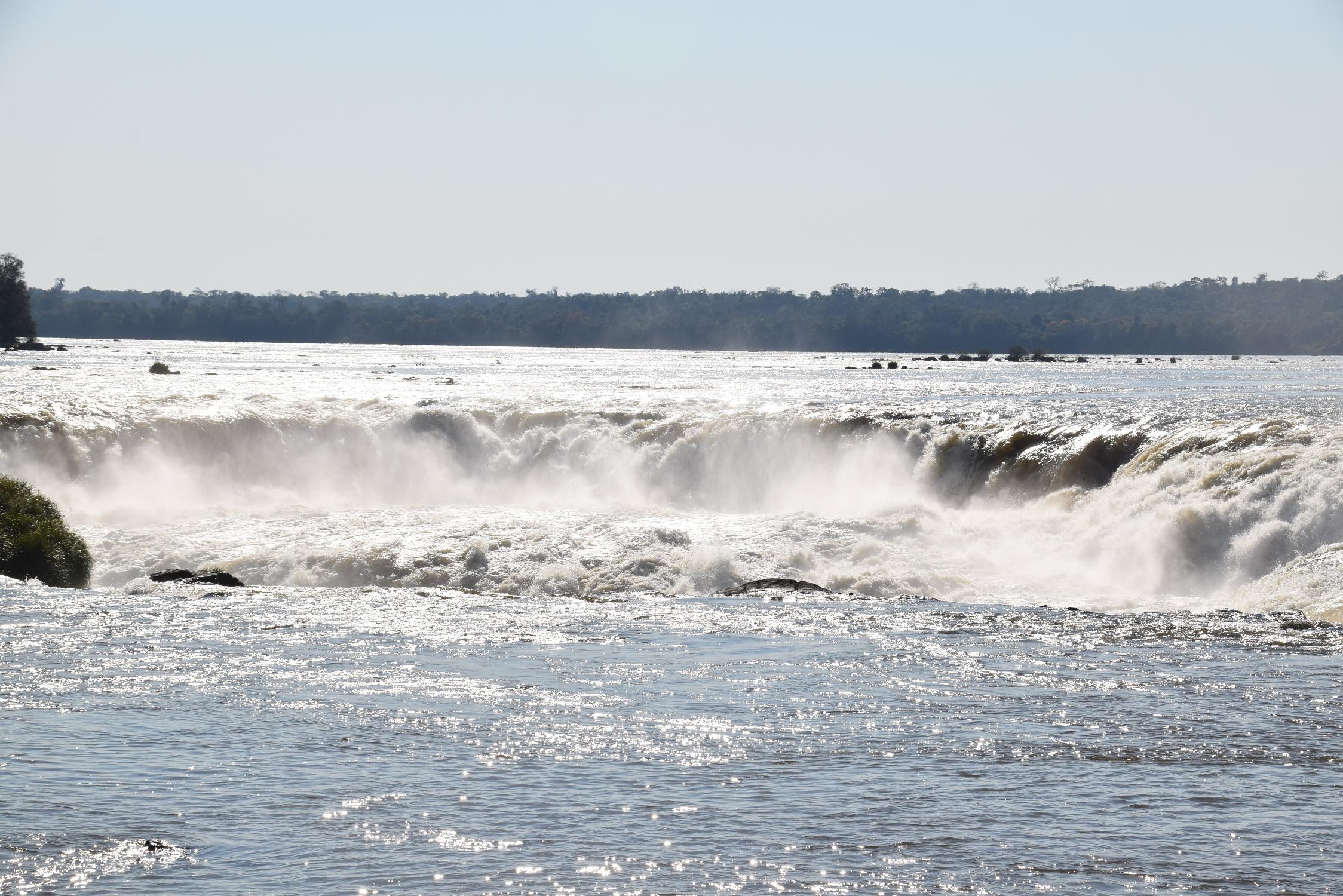 23-Iguazu-Ar-Waterval-073-001